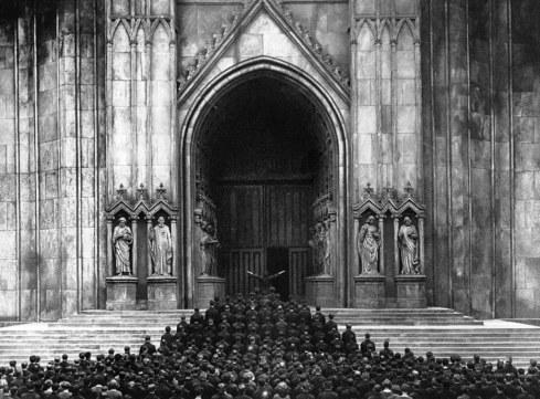 A gótica Catedral dos Sete Pecados Capitais.