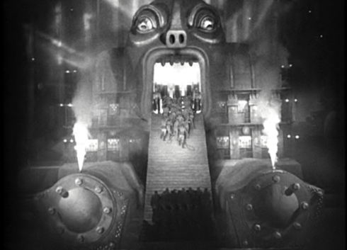 A Máquina M transformada em Moloch, em Metropolis.