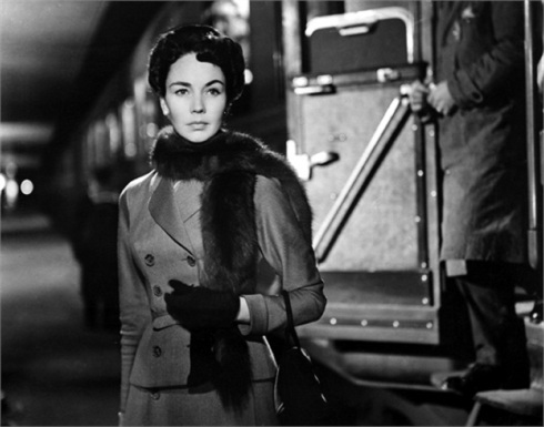INDISCRETION OF AN AMERICAN WIFE, (aka STAZIONE TERMINI), Jennifer Jones, 1953.